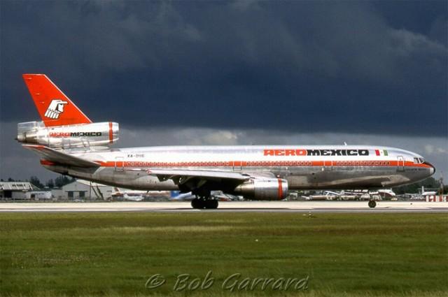 Aeromexico DC-10 - Photo: Bob Garrard