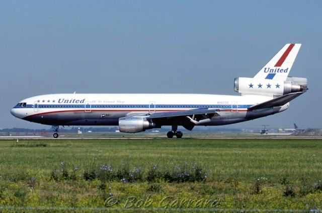 A United Airlines DC-10 in Friend Ship livery - Photo: Bob Garrard