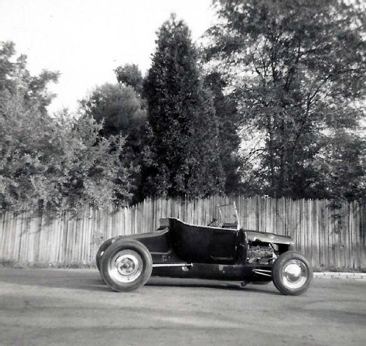 004 Hedrich 1926 Ford Model T Side
