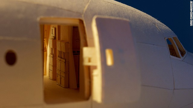 a href='https://www.flickr.com/photos/lucaiaconistewart/' target='_blank'Luca Iaconi-Stewart/a has spent the past five years -- around 10,000 man hours -- making a minutely detailed, 1:60 scale replica of an Air India Boeing 777 out of manila folders.