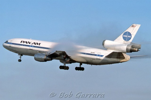 Pan Am DC-10 - Photo: Bob Garrard